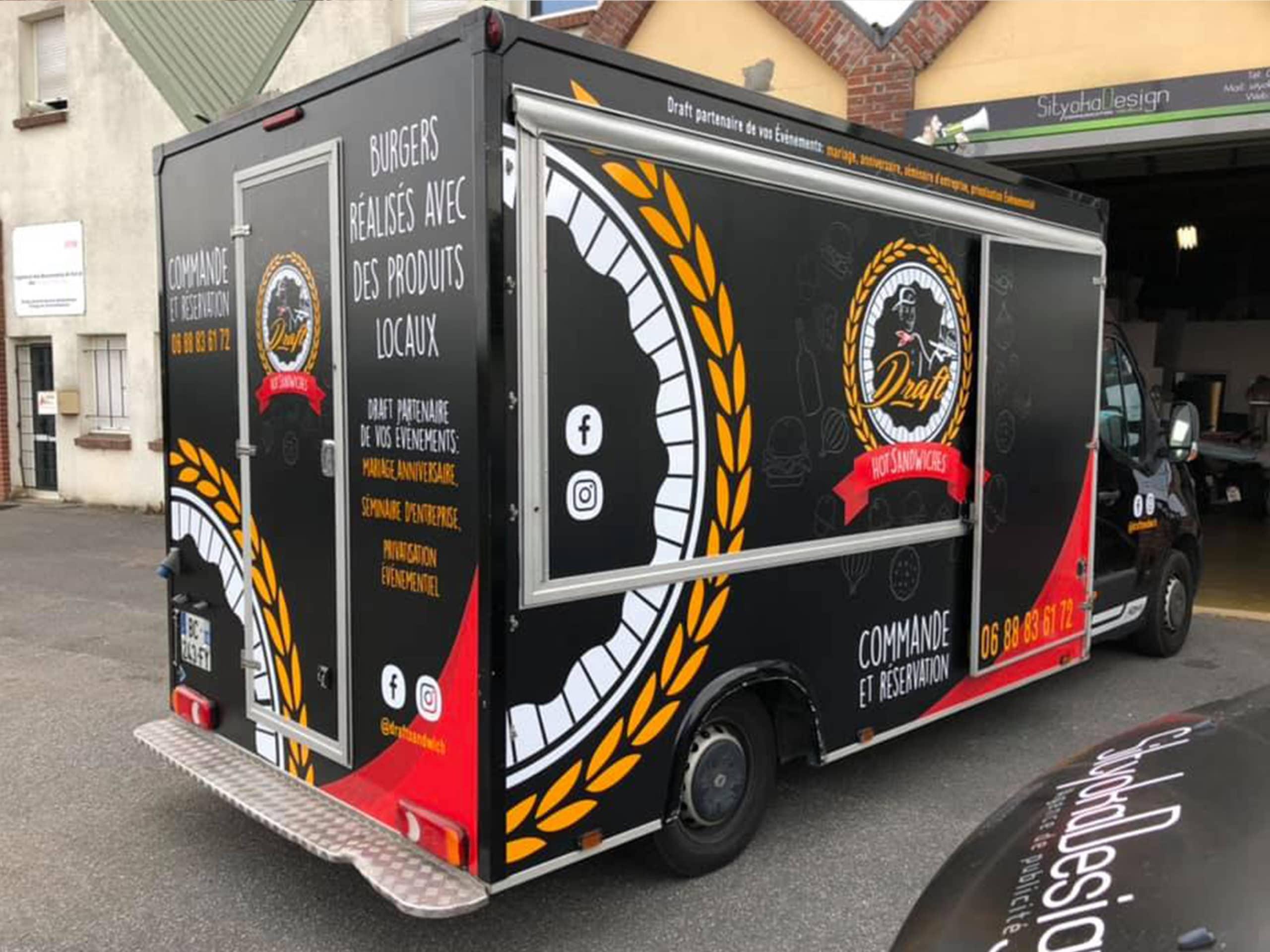 adhesif-utilitaire-flocage-food-truck-adhesif-pas-cher-agence-de-publicite-caen-paris-sityoka-design