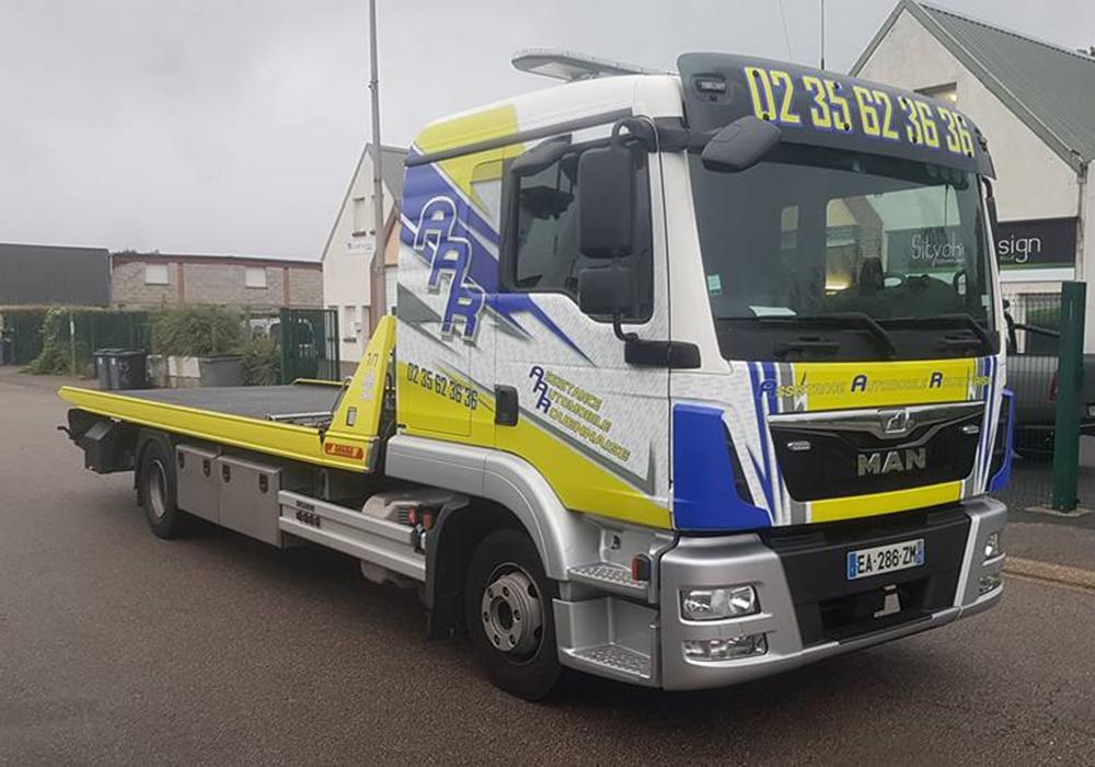 marquage-camion-rouen-marquage-utilitaire-camion-covering-camion-rouen-adhesif-marquage-utilitaire-camion-entreprise-rouen